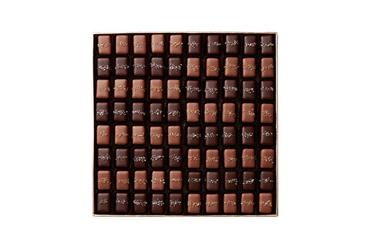 160pc-gray-smoked-caramels-champagne