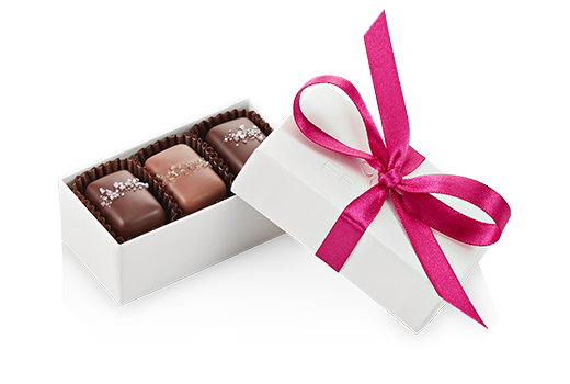 3pc-salted-caramels-ivory-fuchsia-angle-FY20